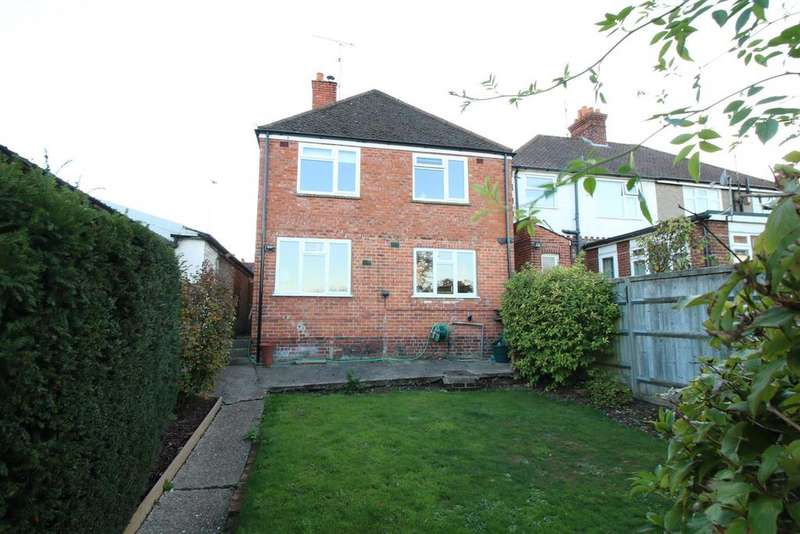 4 Bedrooms Detached House for sale in Purley Rise, Purley On Thames, Reading