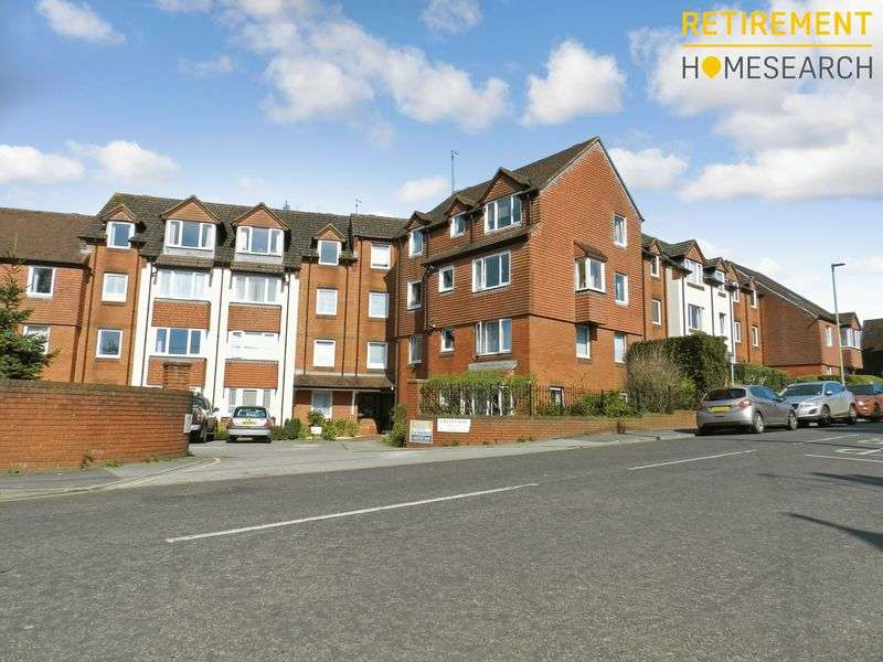 1 Bedroom Property for sale in Lavant Court, Petersfield, GU32 3EQ