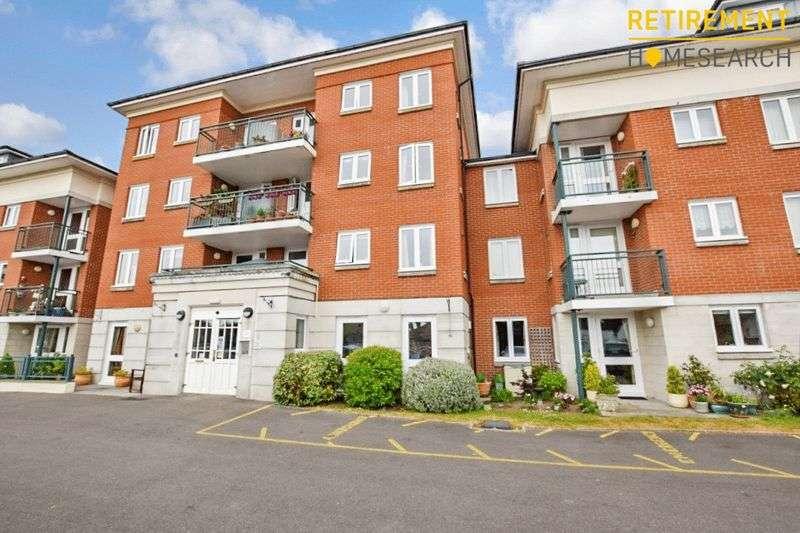 2 Bedrooms Property for sale in Peelers Court, Bridport, DT6 3HB