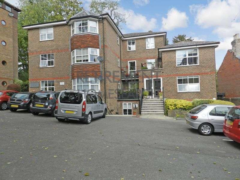 1 Bedroom Property for sale in Tower Court, Winchester, SO23 8TA