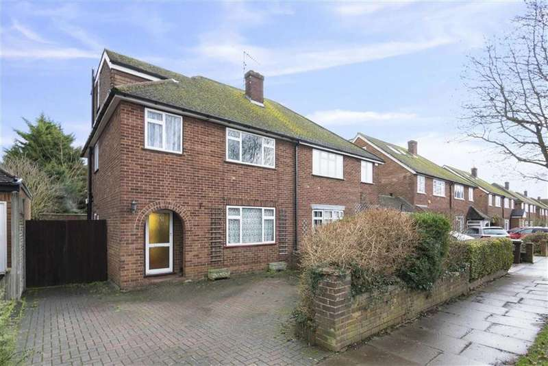 4 Bedrooms Semi Detached House for sale in Woodland Drive, St Albans, Hertfordshire