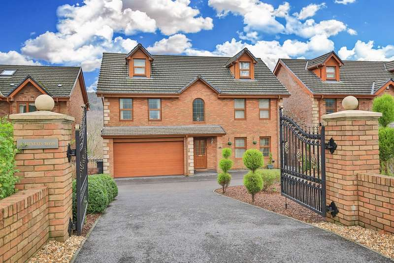 8 Bedrooms Detached House for sale in Henfaes Road, Tonna, Neath
