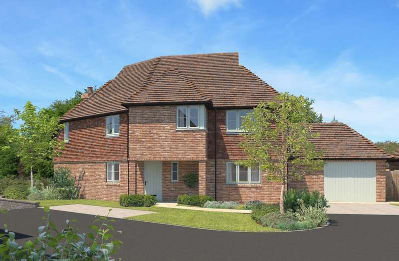 4 Bedrooms Detached House for sale in Frenchmans Heights, Borough Hill, Petersfield, GU32