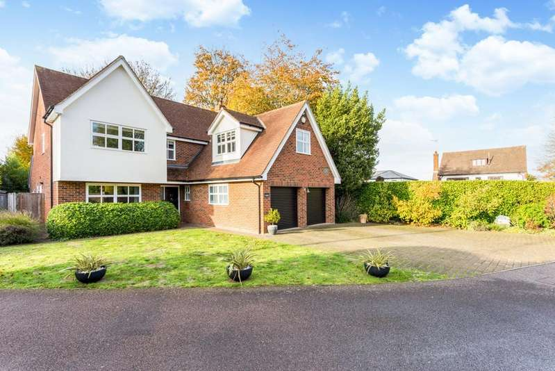 5 Bedrooms Detached House for sale in Nethergate, Rayleigh Road, Hutton, Brentwood, Essex, CM13