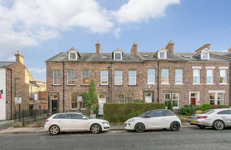 4 Bedrooms Terraced House for sale in Hawthorn Road, Gosforth, Newcastle upon Tyne