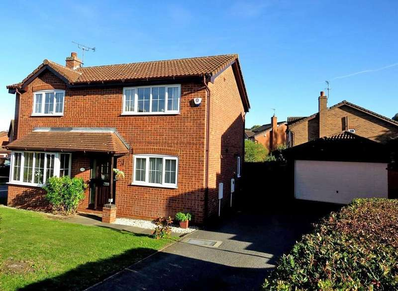 4 Bedrooms Detached House for sale in 67 Meadow Road, Worksop