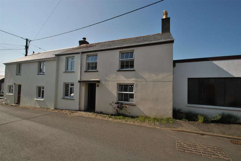 4 Bedrooms Terraced House for sale in West Street, Hartland