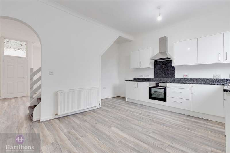 2 Bedrooms Terraced House for sale in Westleigh Lane, Leigh
