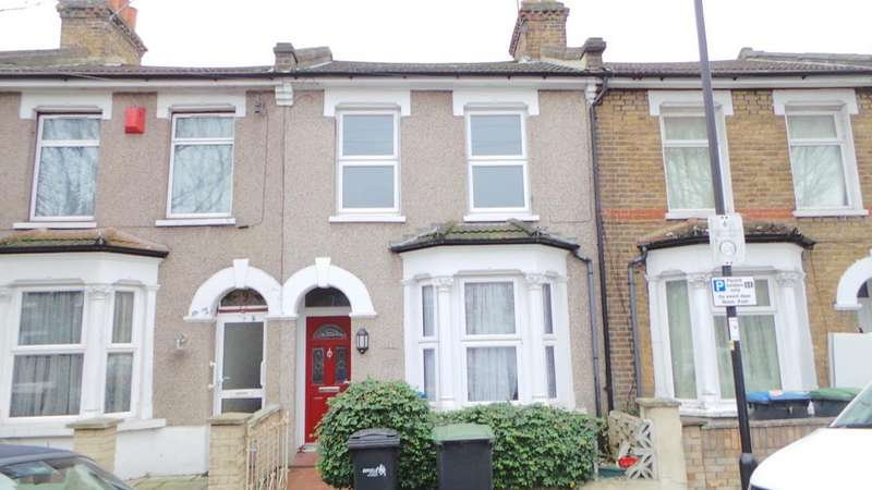 2 Bedrooms Terraced House for sale in Hythe Close, Edmonton, London, N18