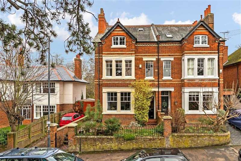 5 Bedrooms Semi Detached House for sale in Highbury Road, Hitchin, Hertfordshire