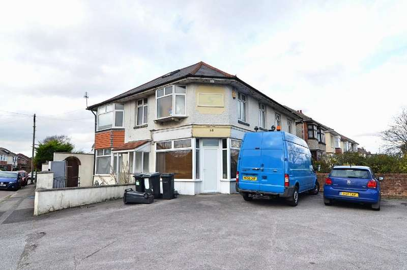 6 Bedrooms Detached House for sale in Charminster Avenue, Bournemouth