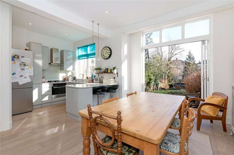 4 Bedrooms End Of Terrace House for sale in Casewick Road, London, SE27