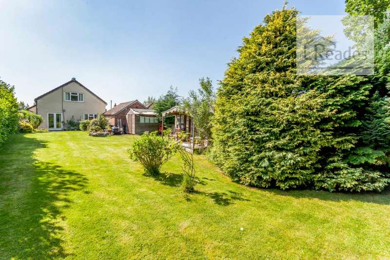 4 Bedrooms Detached Bungalow for sale in Wood Lane, Hawarden CH5 3