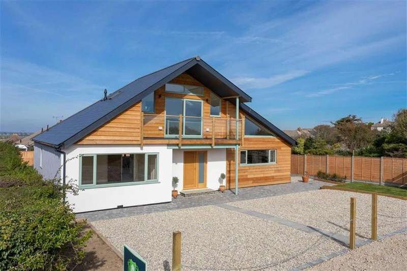 4 Bedrooms Detached House for sale in Channel Way, Fairlight