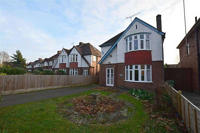 3 Bedrooms Detached House for sale in Denmark Road, Gloucester