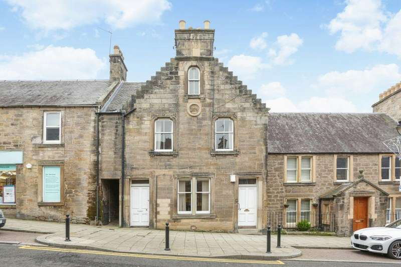 3 Bedrooms Maisonette Flat for sale in 41-43, Main Street, Gorebridge, Midlothian EH23 4BX