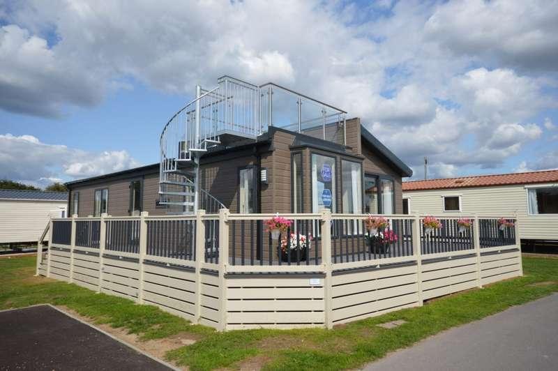 2 Bedrooms Lodge Character Property for sale in Solent Breezes, Nr Fareham
