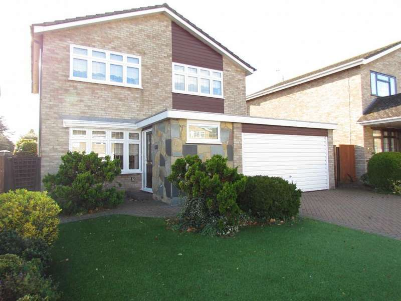 4 Bedrooms Detached House for sale in The Butts, Turnford, EN10
