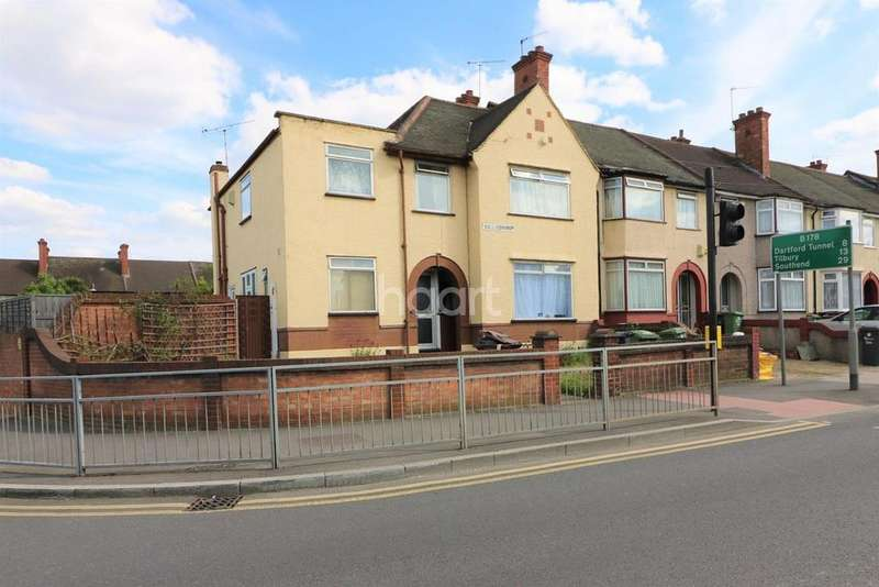 3 Bedrooms End Of Terrace House for sale in Ballards Road, Dagenham