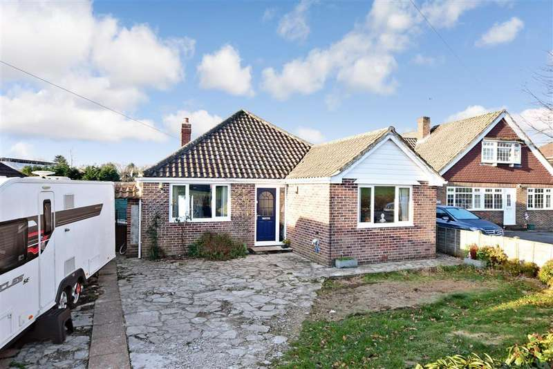 3 Bedrooms Detached Bungalow for sale in Hambledon Road, , Denmead, Waterlooville, Hampshire