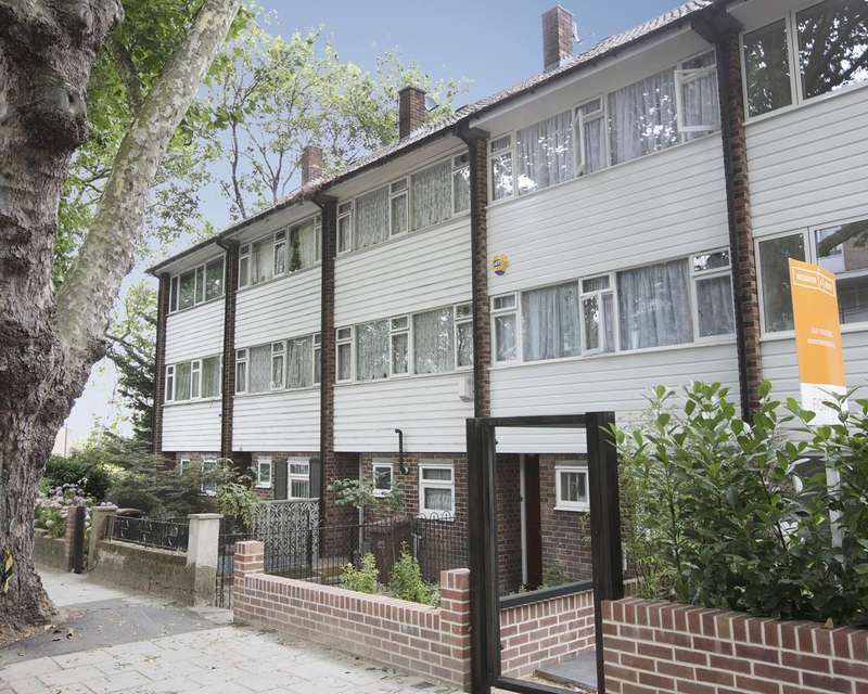3 Bedrooms Terraced House for sale in Camberwell Grove, Camberwell, SE5