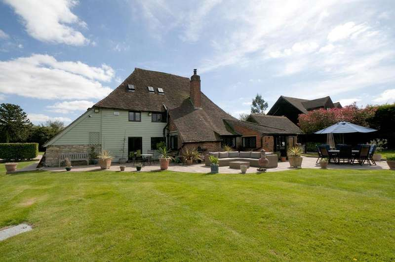 5 Bedrooms Detached House for sale in Holly Farm Road, Otham, Maidstone