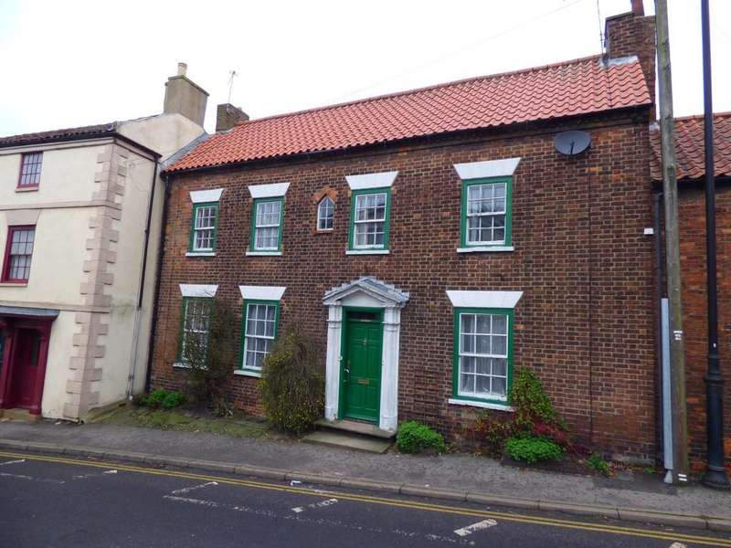 6 Bedrooms Terraced House for sale in Grimsby Road, Caistor