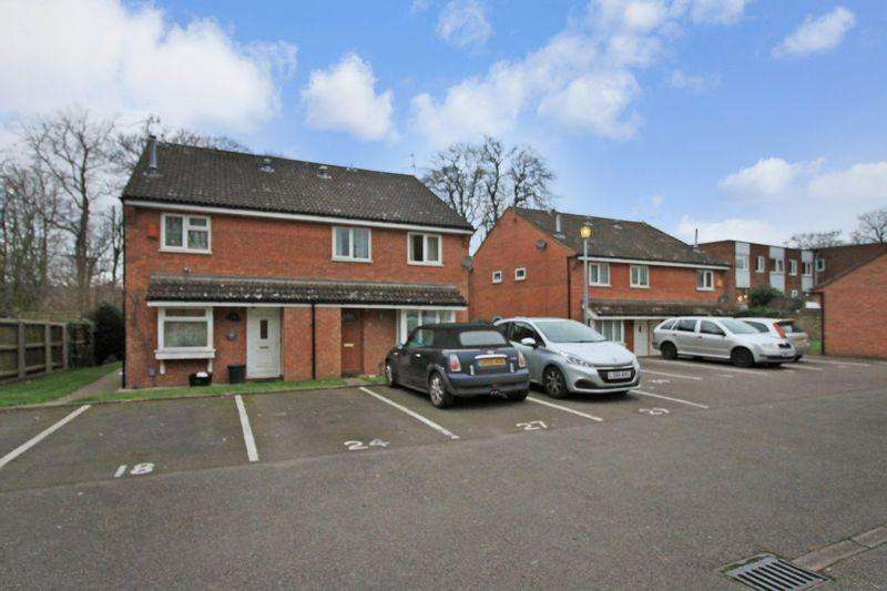 1 Bedroom House for sale in **SHARE OF FREEHOLD**