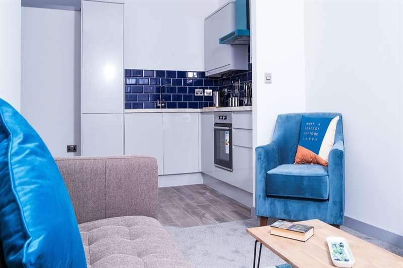 3 Bedrooms Flat for sale in St. Sepulchre Gate, Doncaster, DN1