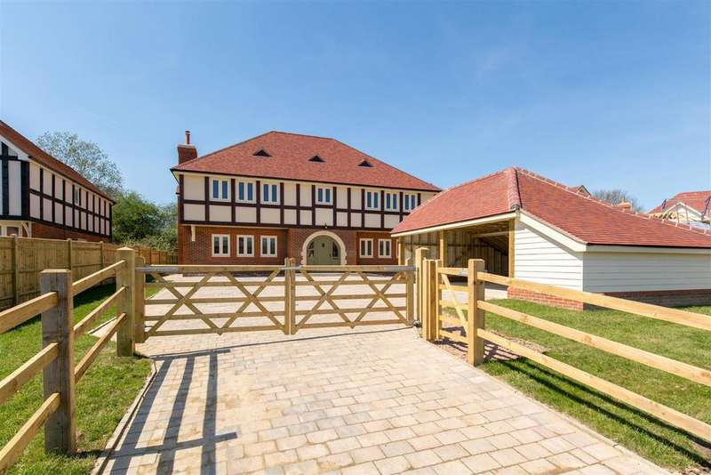 4 Bedrooms Detached House for sale in Stunning New Home in Hellingly