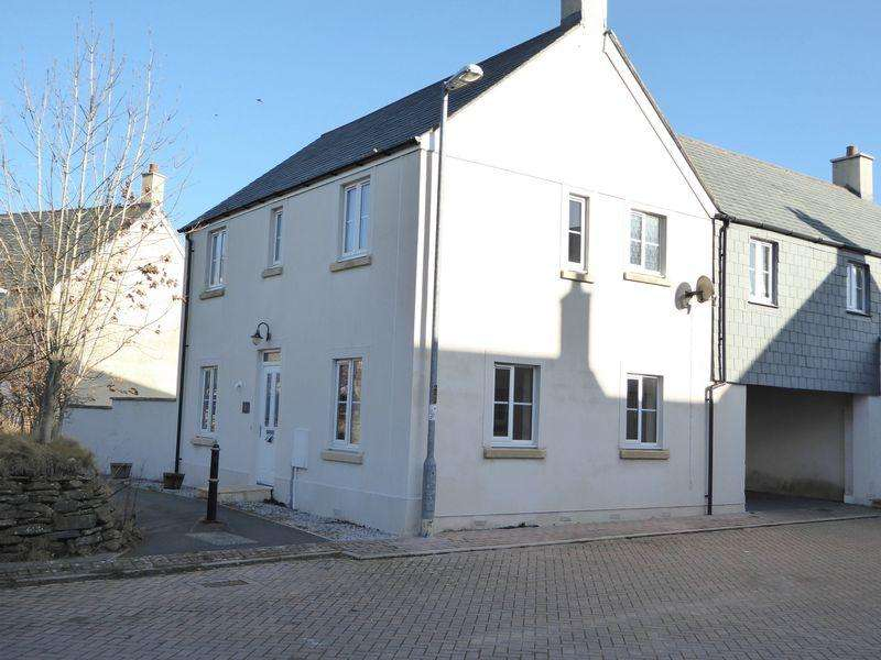 3 Bedrooms Semi Detached House for sale in Farriers Green, Camelford