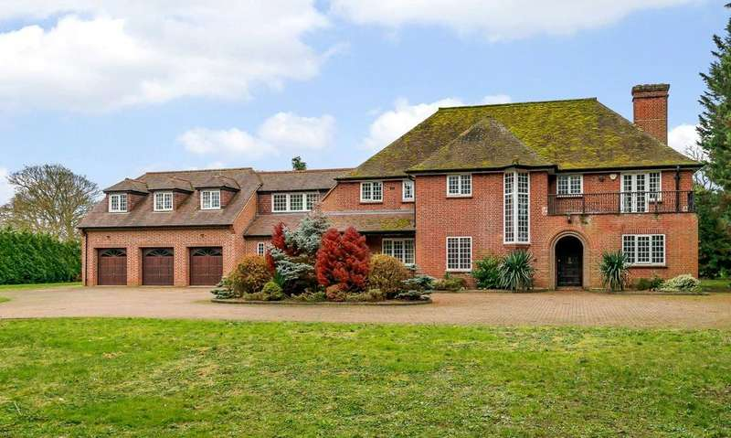 6 Bedrooms Detached House for sale in Kingsley Avenue, Fairfield, Stotfold, Bedfordshire, SG5