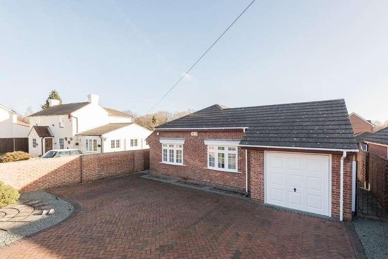 3 Bedrooms Detached Bungalow for sale in Fleet End Road, Warsash, Southampton