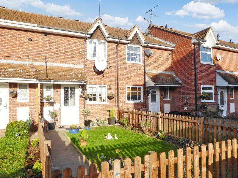 4 Bedrooms Terraced House for sale in Cemetery Road, Houghton Regis