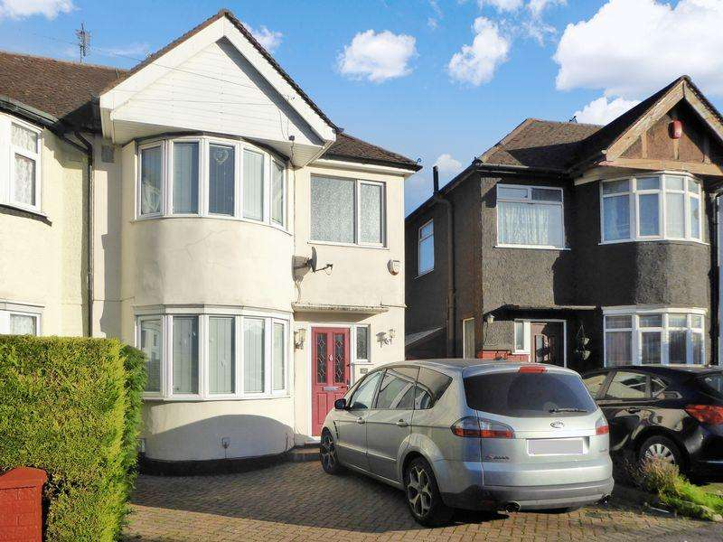 3 Bedrooms Terraced House for sale in Browning Road, Poets