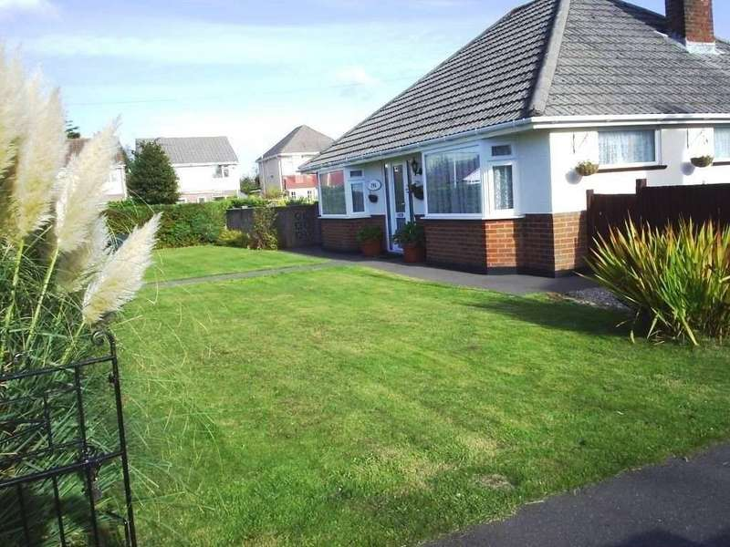 2 Bedrooms Bungalow for sale in Poole, Poole, Dorset, BH12 4HR