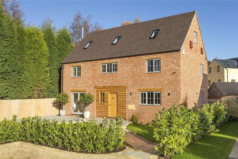 5 Bedrooms Detached House for sale in Main Road, Paxford, GL55