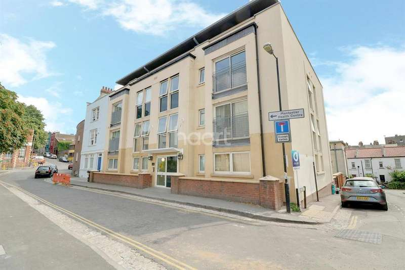 2 Bedrooms Flat for sale in The Azure, Bath Buildings, Montpelier, BS6