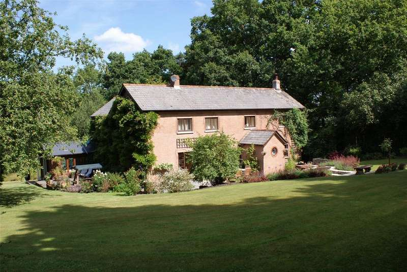 4 Bedrooms Detached House for sale in Hemyock, Cullompton