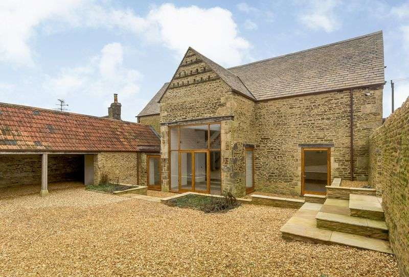 4 Bedrooms Property for sale in The Camp, Stroud