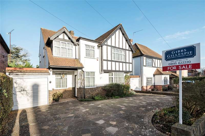 4 Bedrooms Detached House for sale in Old Hatch Manor, Ruislip, Middlesex, HA4
