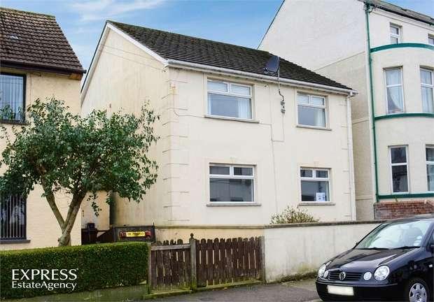 2 Bedrooms Flat for sale in Windsor Avenue, Whitehead, Carrickfergus, County Antrim