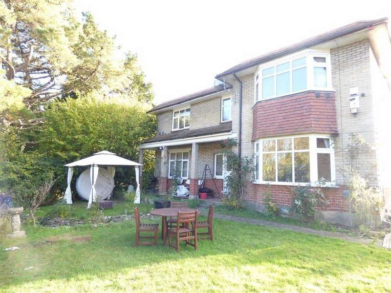 5 Bedrooms Detached House for sale in Wimborne Road, Bournemouth, Dorset