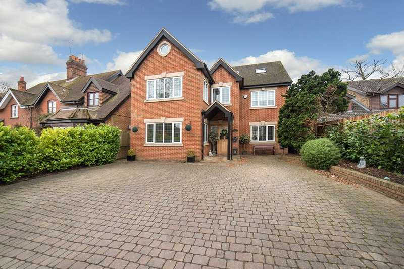 6 Bedrooms Detached House for sale in Love Lane, Kings Langley, WD4