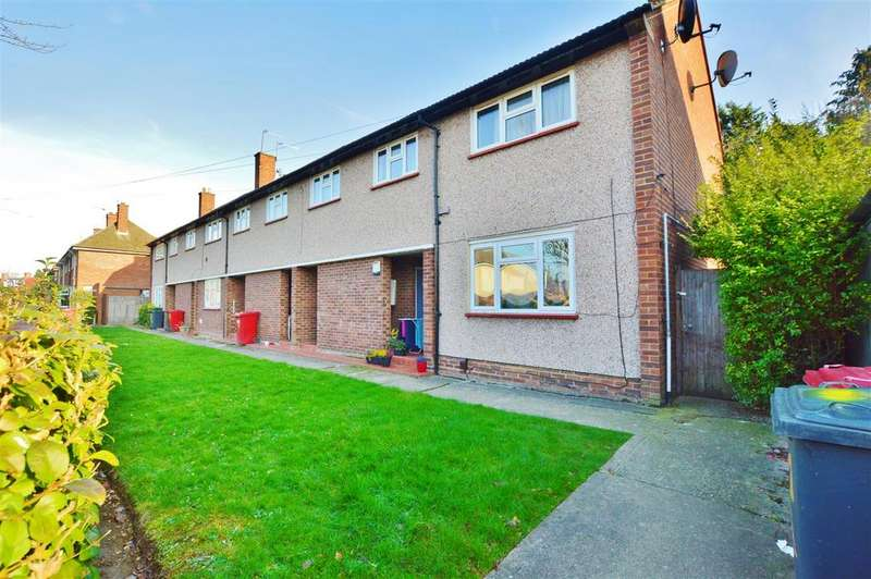 2 Bedrooms Maisonette Flat for sale in Hawthorne Crescent, Slough