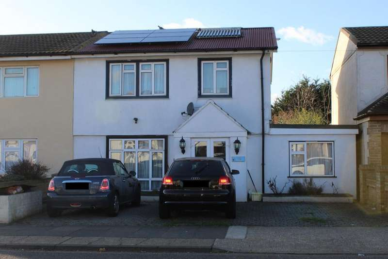 5 Bedrooms Semi Detached House for sale in Albany Road