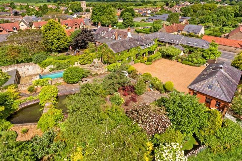 7 Bedrooms Detached House for sale in Lavendon