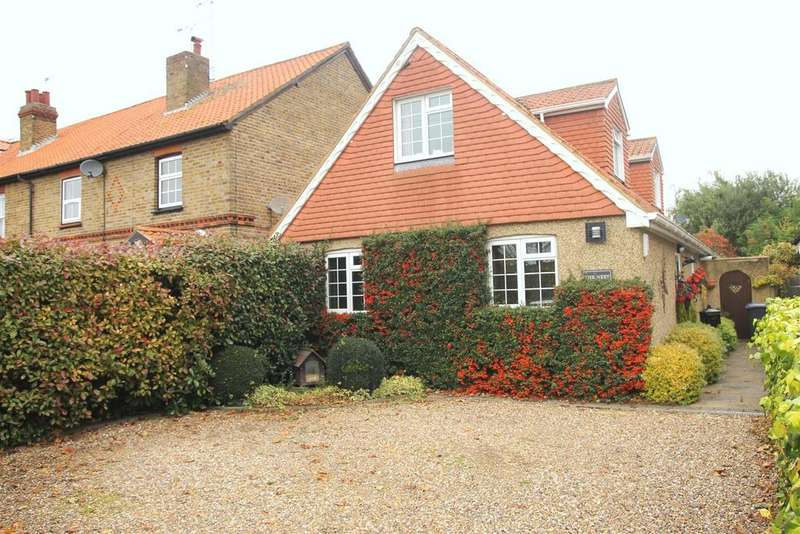 3 Bedrooms Detached House for sale in Dedworth Road, Windsor