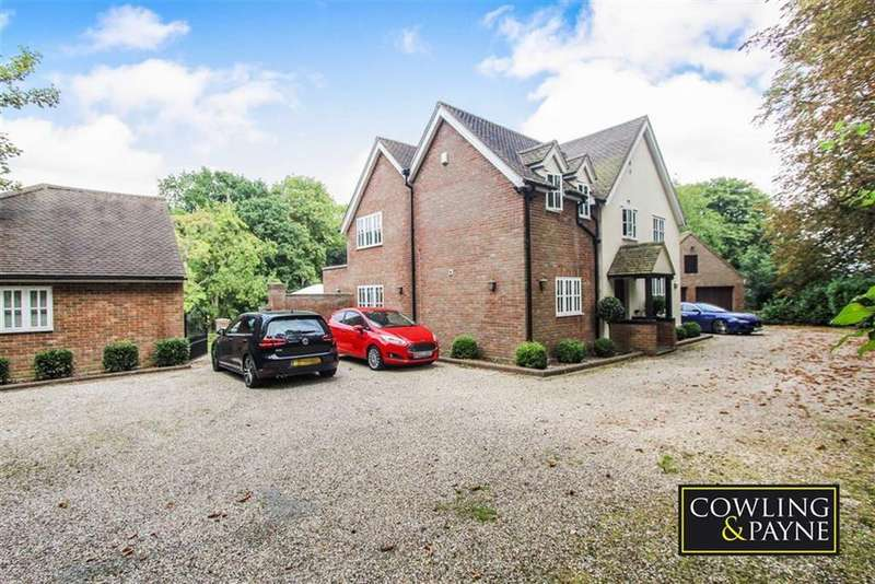4 Bedrooms Detached House for sale in Brock Hill, Runwell Wickford, Essex