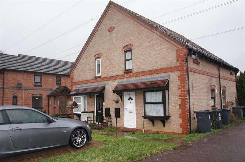 1 Bedroom Cluster House for sale in Burridge Close, Marston Moretaine, Bedford